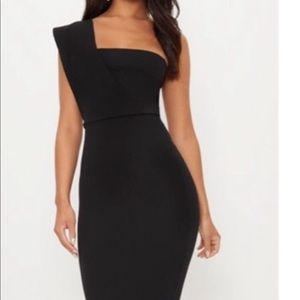Pretty Little Thing | Black One Shoulder Maxi